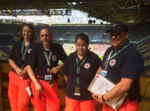 DRK Kamen im Westfalenstadion / Signal-Iduna Park - v.L.n.R.: Pia Krämer, Michael Bartsch, Anna-Maria Privitzer, Gisbert Duttke